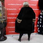 Черная норковая шуба из канадского меха с воротником стойка, выкладка меха паркет