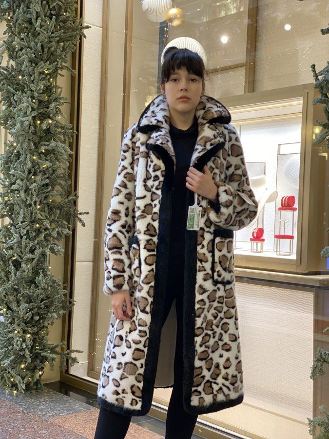 Норковая шуба из канадского меха в стиле французского пальто, цвет светло-серый
