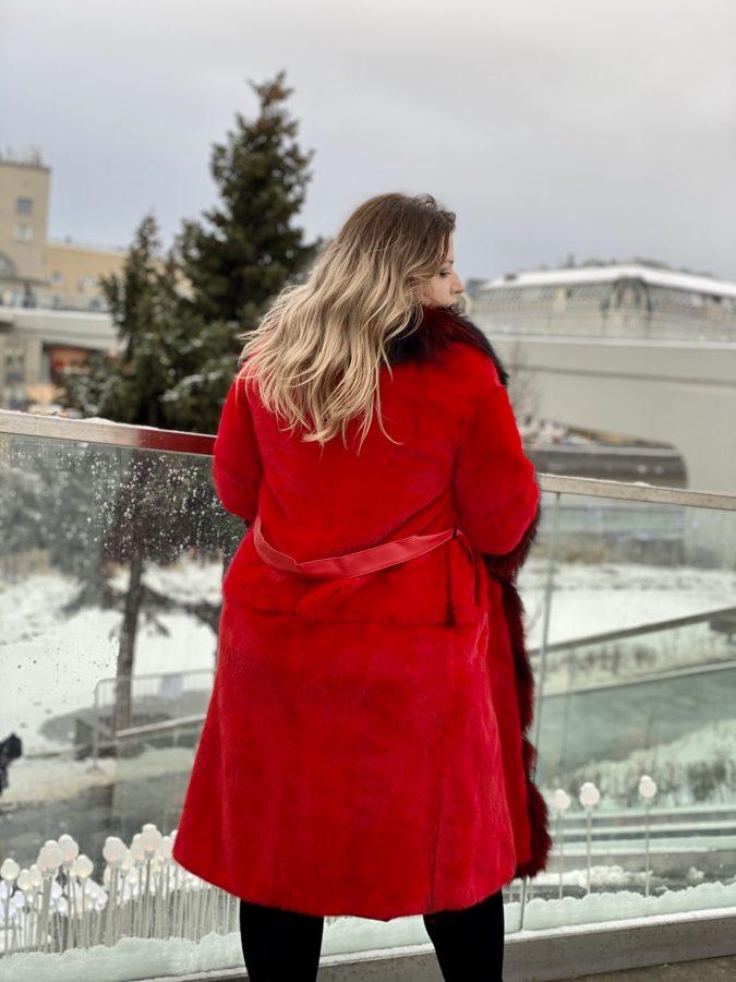 Шуба из канадской норки, цвет темно-красный