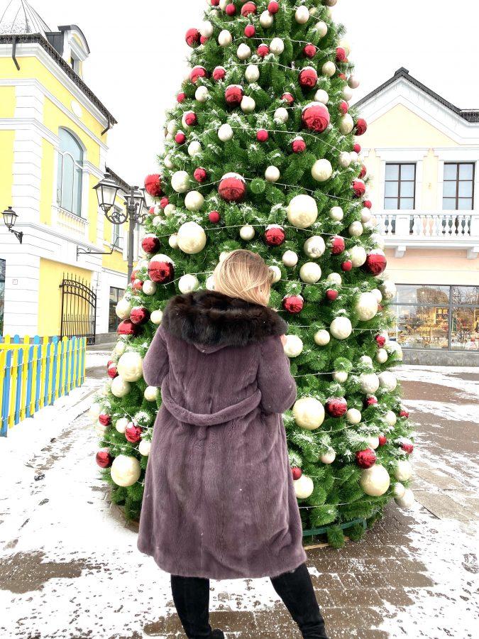 Норковая шуба из канадского меха «Халат» с капюшоном из куницы, цвет марсала